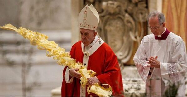 Philip Kosloski - 7 Palm Sunday traditions at Mass and their symbolism